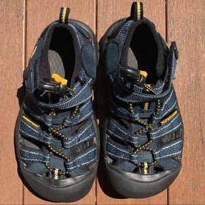 Keen waterproof sandals navy size 11